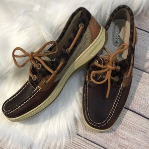 Sperry Top Sider size 6 like new